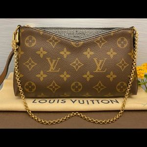 Louis Vuitton Bags - ⛔️SOLD⛔️Pallas Noir/Black Chain Crossbody (GI2176)